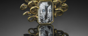 http://www.kingsroad.it/wp-content/uploads/2014/11/Medussa-by-Verdura-and-Salvador-Dali-Copyright-David-Behl-Courtesy-Verdura.jpg